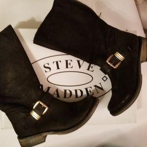 Steve Madden black leather boots 8 calf high